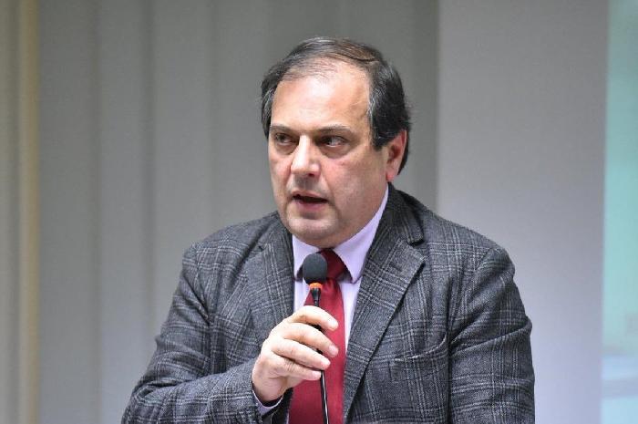 Foto del presidente dell'ordine dei medici Filippo Anelli