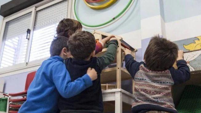 fotoche ritrae dei bambini che giocano