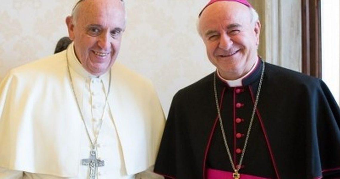 Foto che ritrae Paglia e Bergoglio