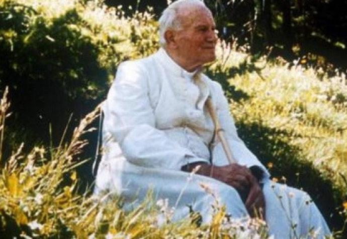 Foto che ritrae Papa Giovanni Paolo Secondo