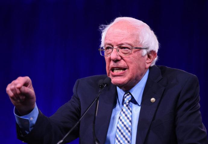 Foto che ritrae Sanders